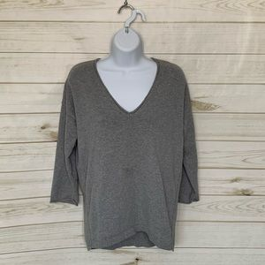 Grey v-neck sweater by Madewell